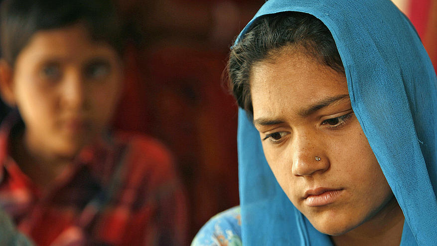 https://roar.sgp1.digitaloceanspaces.com/Reports/2015/07/world_seven_billion_reproductive_rights_health_child_bride_rtr1pq3w_ah_50633.jpg