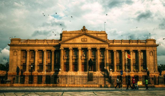 https://roar.sgp1.digitaloceanspaces.com/Reports/2017/01/Old-Parliament-Building-Colombo.jpg