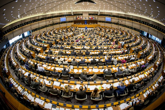 https://roar.sgp1.digitaloceanspaces.com/Reports/2017/04/European-Parliament-in-Brussels-Image-courtesy-ecb.europa.eu_-580x385.jpg